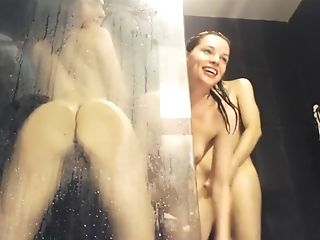 Amateur, Blowjob, Brunette, Couple, HD, Horny, Shower, Teen,