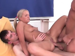 Blonde, Blowjob, Britney Spring, Hardcore, Mmf, Ponytail, Threesome,
