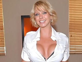 Blonde, Brianna Beach, Dick, Facesitting, Licking, Riding, Striptease, Stylish, Tall, Whore,